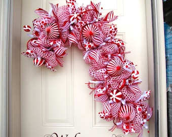 Candy Cane Wreath- Christmas Wreath- Red and White Wreath- Holiday Wreath- Deco Mesh Wreath