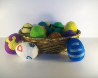 Felted POKEMON Egg (-o-)
