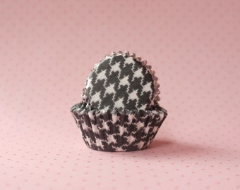 50 Mini Black and White Houndstooth Cupcake Liners - Candy Cups