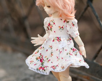 Outfit for Yo-SD size dolls.