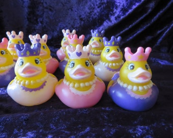 3 Princess Ducks rubber ducks - for your little princess