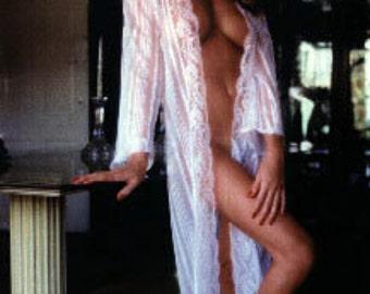 Vanna white wheel of fortune bikini actress sex symbol model tv game