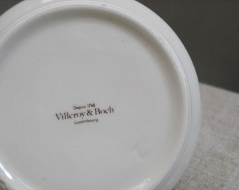 Villeroy & Boch Luxembourg  white bowl simple brown line porcelain dish