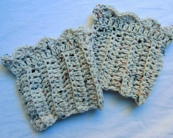 Scalloped Ivory Flecked Boot Cuffs
