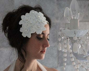 wedding headpiece, vintage bridal headdress, flowers headband, white bridal headband, white headpiece