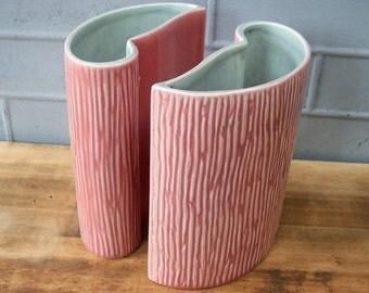 Vintage Vases / Pink and Grey / Ceramic / Linear Pattern / Mod Sleek