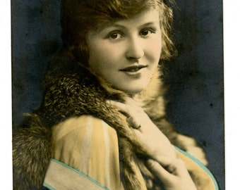 Glamourous Woman Edwardian Postcard Hand Tinted 1910s Fur Stole Flapper Fashion