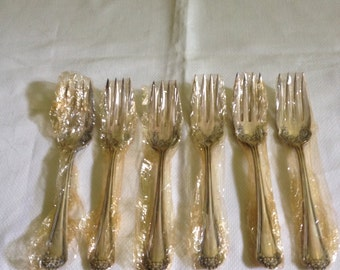 Wm. Rogers & Sons Silver Plate Salad Forks