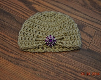Newborn Infant Baby Crochet Cloche Tan Turban Hat.  Photographer Prop