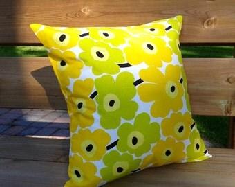 Pillow cover made from Marimekko fabric, pillow sham, throw pillow cover, cushion cover, envelope pillow, Scandinavian pillow, Unikko