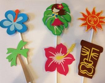 12 Luau cupcake toppers