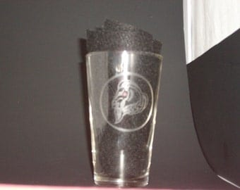 Skyrim-Inspired Whiterun Thane Etched Pint Glass