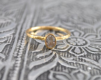 Clear Crystal Stacking Ring. Delicate Gold Stacking Ring. Gem Ring. Simple Ring. Fashion Ring. Birthday Gift. Boho Style Ring