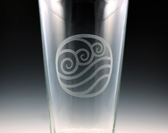 Avatar The Last Airbender - Legend of Korra Water Nation Pint Glass