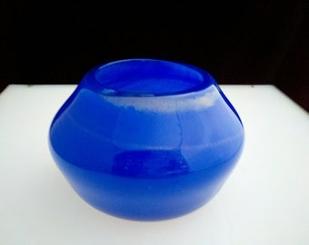 Blue and gold blown glass bowl