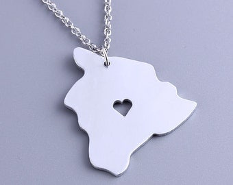 I heart Hawaii Necklace - Hawaii Pendant - Map Jewelry - State Charm - Map necklace