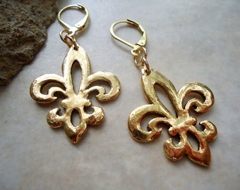 Fleur De Lis Dangle Earrings, plated 24k Gold. Drop Earrings. Handmade.