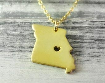 I  heart  Missouri  Necklace Missouri  pendant 18K gold plated state necklace state pendant map pendant  hammered state necklace map jewelry