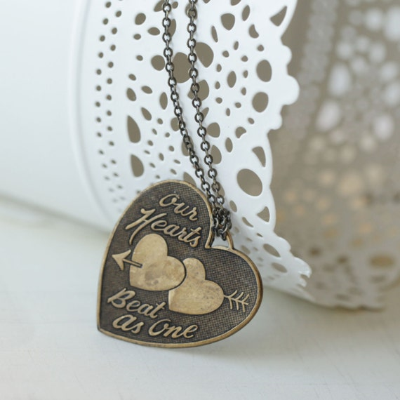 FMJ Creation: our heart beat at one long necklace