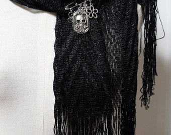 Silver Skull Scarf Pin , Day of the Dead Brooch , Charm Pin