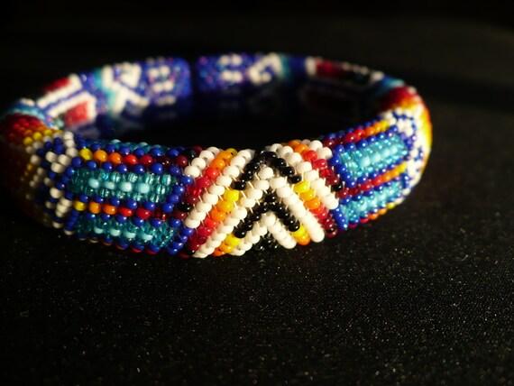 peyote stitch beaded bracelet native american beadwork handmade