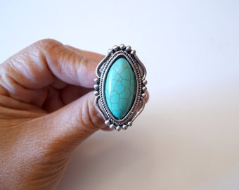 SALE!!! howlite turquoise stone . cocktail adjustable ring . sie 7.5 to up
