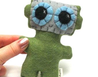 Little Robot - Eco-friendly Felt Plush Robot