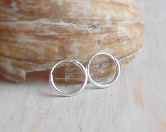 8 mm Tiny Cartilage Hoop, 925 Sterling Silver Hoop Earrings, Round Hinged Hoop, Upper Earring Body Jewelry, Tragus Helix Nose Lip Piercing