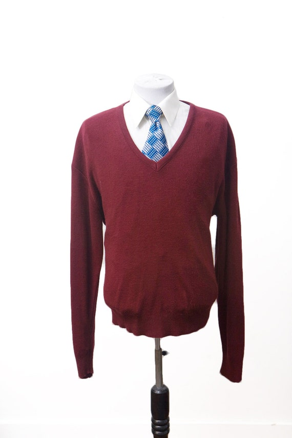 Men's Sweater / Vintage Cranberry Red V-Neck Sweater by London Fog  / Size XXL