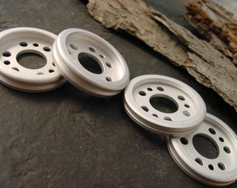 Jewelry Supplies. Disc Gear. Steampunk. Recycled Aluminum Computer Parts. Frosted Finish. RC-20
