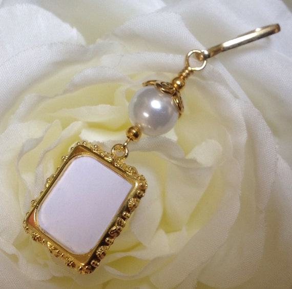 wedding bouquet charm wedding bouquet photo charm gold tones memorial by 8446