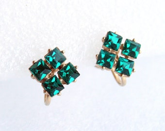 Vintage Green Rhinestone Earrings 1950 Square Emerald Green Screw Back