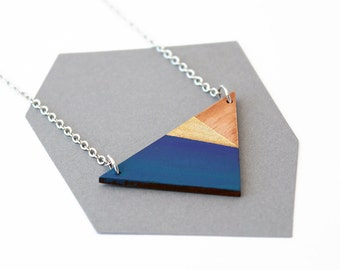 Geometric, triangle wooden necklace - natural wood, gold, blue ombre - minimalis, modern jewelry