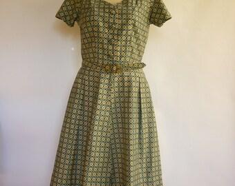 1950s Shirtwaist Dress SZ S Wallpaper Print Country French Inspired Foulard
