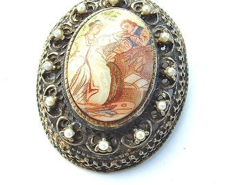 Vintage Brooch, Romantic Vintage Lovers Faux Pearl Beaded Cameo Pendant Jewelry