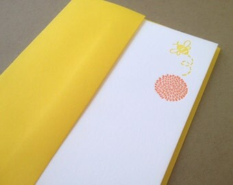 Flower and Bee Letterpress Stationery with Yellow Envelope - 5 pack
