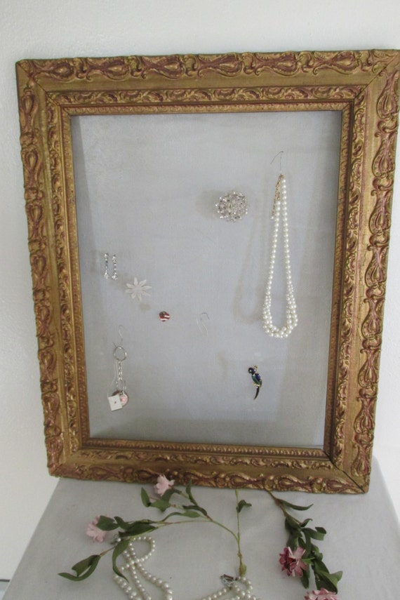 Vintage Picture Frame Screen Jewelry Holder