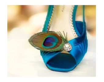 Bridal Shoe Clips Sparkly Peacock. Statement Stylish Derby. Feminine Couture. Peridot Iridescent Teal Green Aqua Blue. Bride Bridesmaid Gift