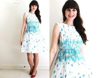 50s Dress / 1950s 1960s Dress / 50s Floral Garden Party Dress