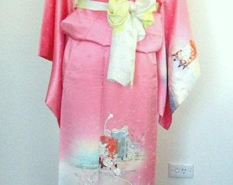 Vintage formal KIMONO SAKURA cherry blossom pink  floral silk kimono size M ready to ship