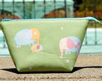 Jade Green Elephant Wide Open Zipper Pouch/Makeup Bag