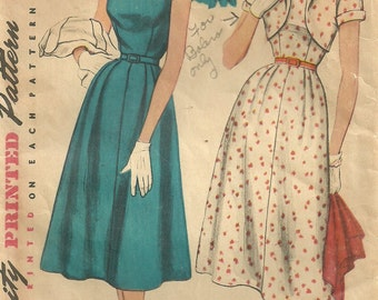Simplicity 4709 / Vintage 50s Sewing Pattern / Dress And Bolero Jacket / Bust 33