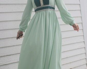 Green Maxi Velvet Vintage 70s Dress Hippie Maiden Retro Long S