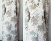 Vtg.70s White Green Purple Peach Blue Floral Print Ruffle Long Sleeve Maxi Dress.S.Bust 34.Waist 27.