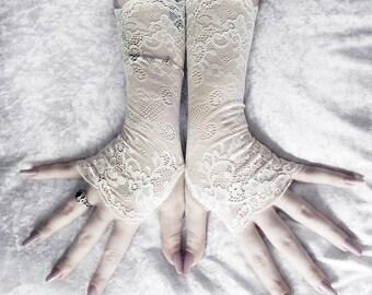Eilonwy Lace Fingerless Gloves - Soft Ivory Cream Corded Floral - Wedding Gothic Regency Tribal Bellydance Goth Austen Bridal Fetish Gypsy