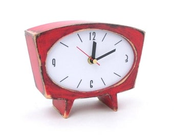 Desk Clock Red, Table clock, Wood Clock,  Red clock, vintage 60s style , Wooden Clock, Unique Gift , Mantle clock, gift for Her