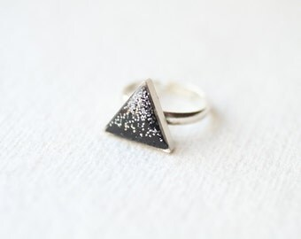 Black Glitter Mountain - Triangle Ring