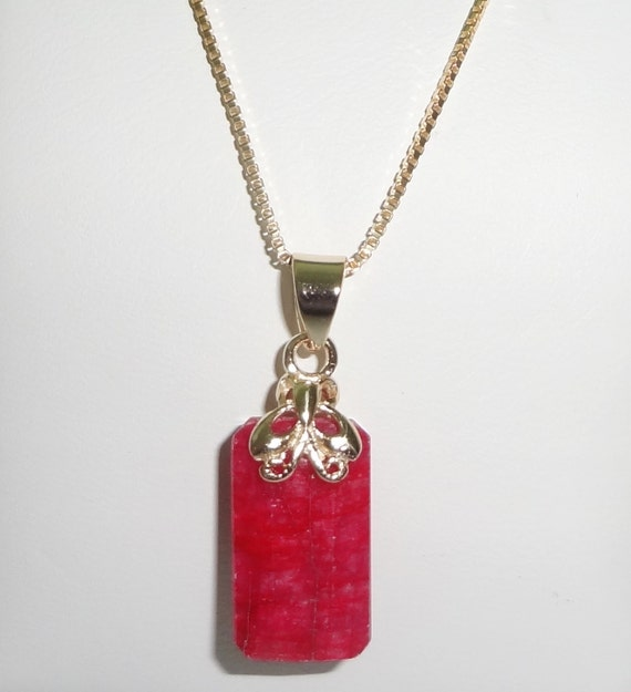 """10 ct Natural Earth Mined Emerald cut Red Ruby Pendant and 14kt yellow gold  20"""" Box Chain"""