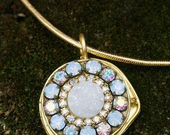 Quartz Druzy Necklace Snow White with Vintage Rhinestones Crystals Round Pendant Necklace Gold Necklace - TREASURY ITEM