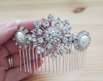 Vintage style rhinestone flower and pearl large bridal wedding comb